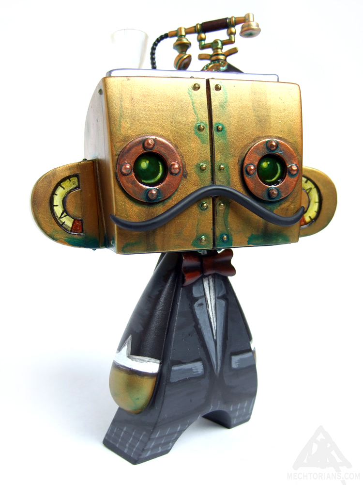 Automatic Butler Mechtorian customised vinyl art toy by Doktor A.