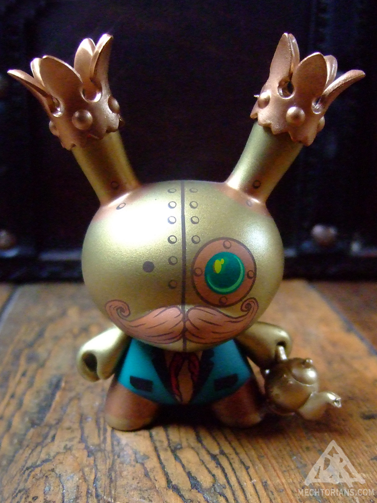 Whistlecraft & Son's - Patented Self Stoking Flunky Engine Dunny Mechtorian toy by Doktor A and Kidrobot.