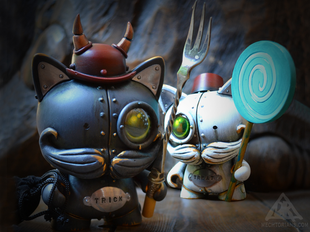 Trick & Treat Halloween Mechtorian customised art toys by Doktor A.